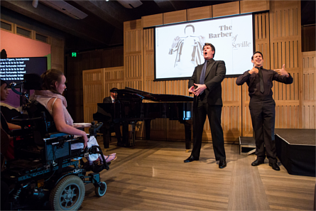 Opera Australia's Luke Gabbedy performs with Auslan choir conductor and actor Alex Jones at the 2016 Access Launch. Image credit: Daniel Boud